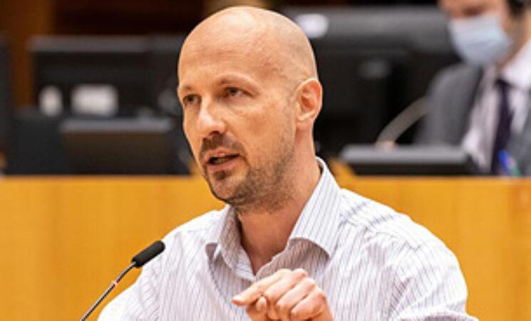 유럽의회 의원, 낙수효과 중심의 혁신 정책 중단 요구